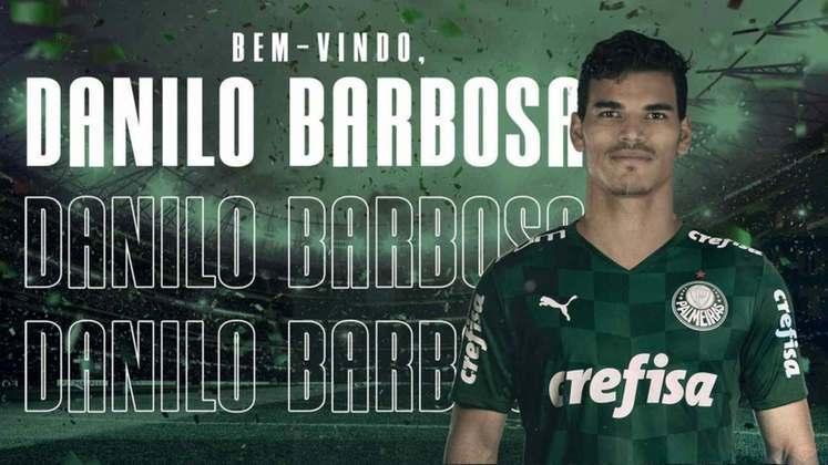 FECHADO - O Palmeiras anunciou, na tarde desta terça-feira (23), a contratação do volante Danilo Barbosa. O atleta de 25 anos estava atuando no Nice-FRA desde 2018 e chega por empréstimo até 31 de dezembro de 2021, com opção de compra, como o primeiro reforço palestrino para a atual temporada.