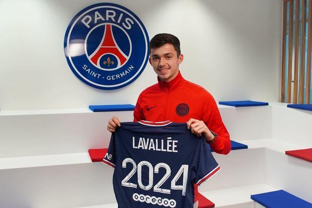 FECHADO - O PSG concluiu a contratação do goleiro de apenas 18 anos Lucas Lavallée. O atleta estava no Lille e chega por três anos ao girante francês.