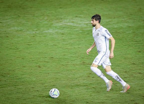 FECHADO - O Santos renovou o contrato do zagueiro Luan Peres até 15 de fevereiro.