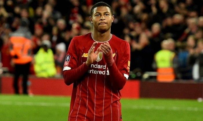 FECHADO - O Sheffield United contratou o jovem atacante Rhian Brewster, agora ex-Liverpool, por 24 milhões de libras, o seu recorde em transferências.