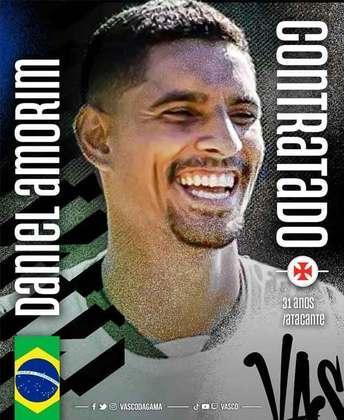 FECHADO - O Vasco acertou também a contratação do centroavante Daniel Amorim, que defendia o Tombense e chega por empréstimo até o fim deste ano. De acordo com a apuração do L!, ele chega com baixo valor de salários acordados, mais um montante por produtividade.