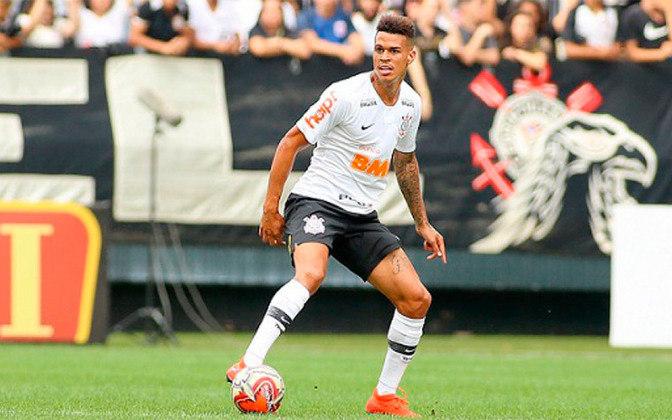 FECHADO - O volante Richard, do Corinthians, será emprestado ao Athletico até o fim de 2021. O contrato do jogador com o novo clube foi registrado no BID e publicado nesta segunda-feira. Pela negociação o Timão receberá 500 mil euros (cerca de R$ 3 milhões).