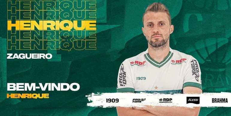FECHADO - O zagueiro Henrique está de volta ao Coritiba. A contratação foi confirmada nesta quinta-feira, através das redes sociais do Coxa. Aos 34 anos, o atleta encerrou o ciclo no Belenenses-POR e assinou com o time que o projetou para o futebol nacional.