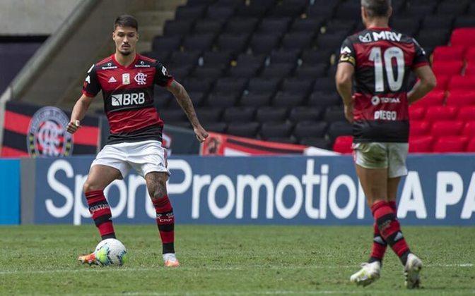FECHADO - O zagueiro Matheus Thuler está de saída do Flamengo para defender o Montpellier, clube da primeira divisão da França. Os clubes chegaram a um acordo pelo empréstimo do atleta até junho de 2022. De acordo com informações adicionais do site