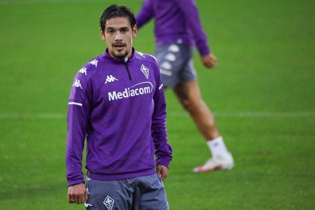 FECHADO- O zagueiro titular da Argentina nas eliminatórias e ex-River Plate, Lucas Martínez Quarta, foi apresentado e já treinou com a Fiorentina.