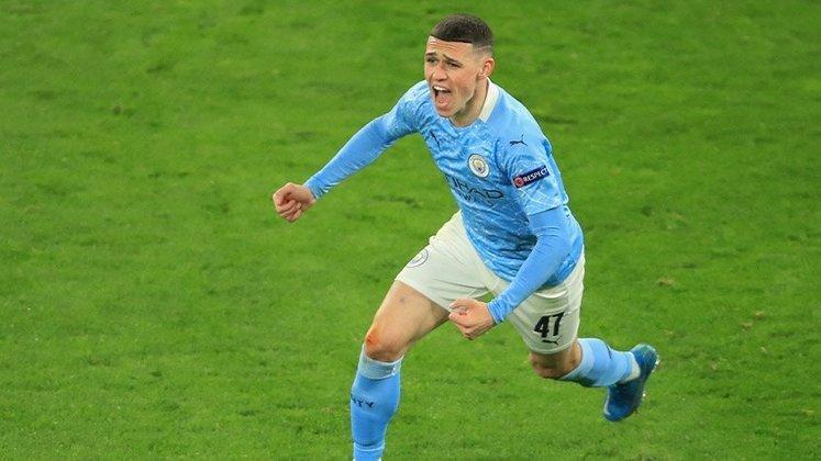 FECHADO - Principal revelação do Manchester City nos últimos anos, o jovem Phil Foden está perto de ter o seu contrato renovado com o atual campeão inglês. De acordo com a imprensa britânica, clube e jogador acertaram o novo vínculo, que deverá ser anunciado oficialmente nos próximos dias