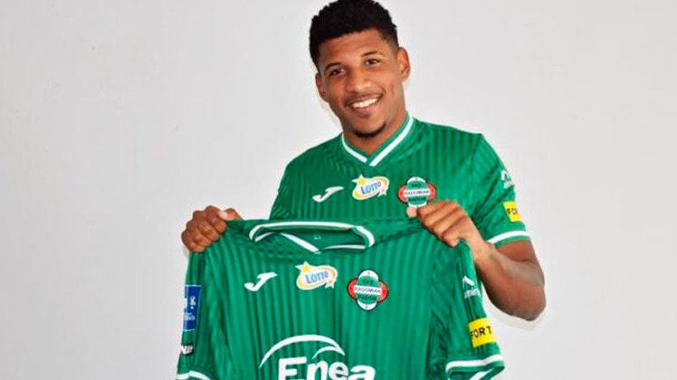 FECHADO - Rhuan, oficialmente, não é mais jogador do Botafogo. O atacante foi anunciado pelo Radomiak Radom, da Polônia. o Botafogo, porém, mantém 40% dos direitos econômicos de uma possível futura venda. O contrato é válido por três temporadas.