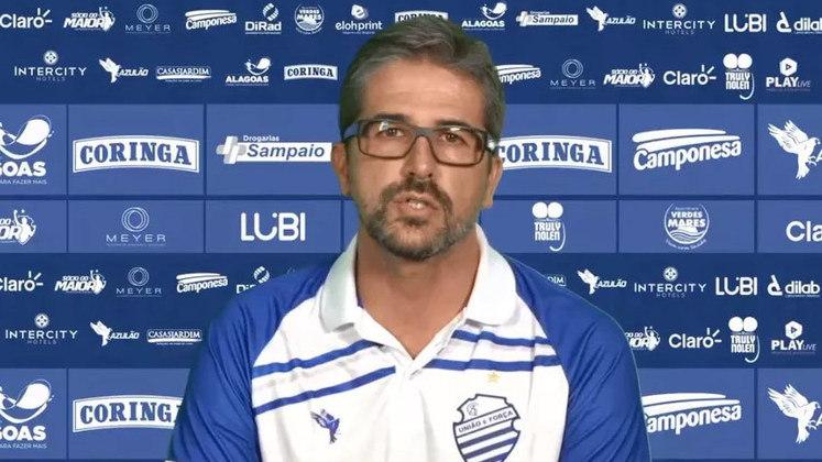 FECHADO - Rodrigo Pastana será anunciado em breve pelo Cruzeiro como diretor de futebol. O dirigente está de saída do CSA. E o próprio presidente do clube, Rafael Tenório, confirmou que o seu executivo deixará os alagoanos rumo à Toca da Raposa.