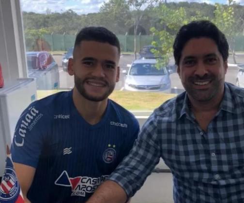 FECHADO - Uma das novidades do Bahia neste começo de temporada é o volante Patrick de Lucca, que mostra resultado dentro das quatro linhas e teve o seu valor reconhecido pelo clube. Através da sua assessoria, o atleta revelou que o seu vinculo com o Esquadrão de Aço foi prolongado até 2022.