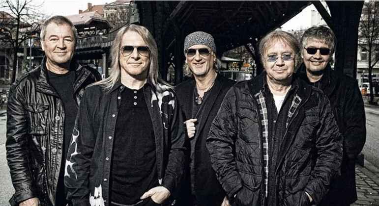 Fechando esse seleto grupo de bandas históricas do rock mundial está o Deep Purple, grupo que é considerado como um dos pioneiros do heavy metal. Eles surgiram em 1968 e ao longo dos anos passaram por diversas mudanças de formação.