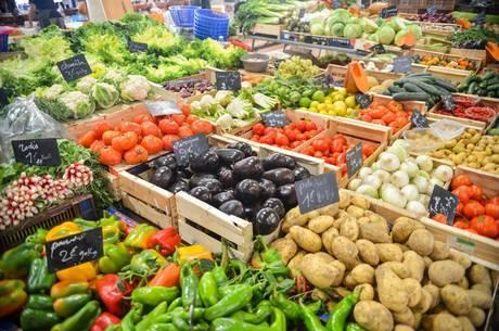 Alimentos pressionaram inflação oficial do mês