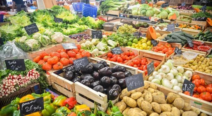 Alimentos in natura, como frutas, legumes e hortaliças, devem pressionar preços no 1º trimestre