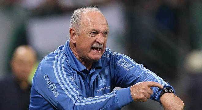 Com Felipão na Libertadores, o Palmeiras fora de casa, só contragolpes
