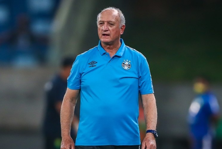Felipão não deverá seguir no Grêmio em 2022. Seu trabalho é fraco. Time não rende