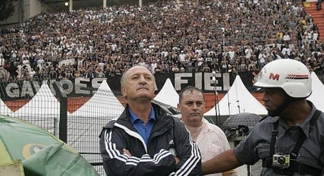 Felipão está pronto para largar a aposentadoria. A um mês de fazer 72 anos