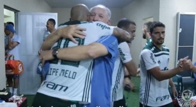 Felipão não aceita, de jeito nenhum, a liberação de Felipe Melo ao Flamengo