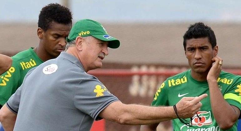 Felipão falou, pediu, ofereceu a liderança do Grêmio. Paulinho pensou. E disse 'não'