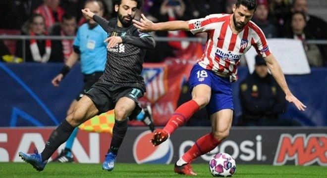 Pelo ótimo futebol no Atlético de Madrid, Felipe brigava por uma vaga na zaga