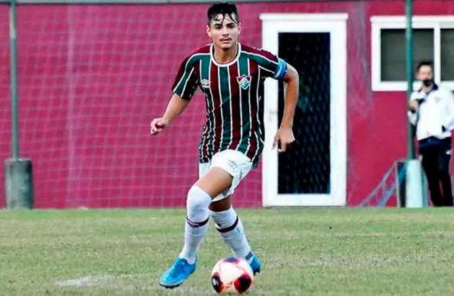 Felipe - 19 anos - lateral-direito - contrato com o Fluminense até 31/12/2024