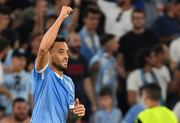 Felipe Anderson: a Lazio venceu o clássico contra a Roma por 3 a 2 e o brasileiro foi um dos destaques da partida, pois marcou um gol e deu uma assistência.