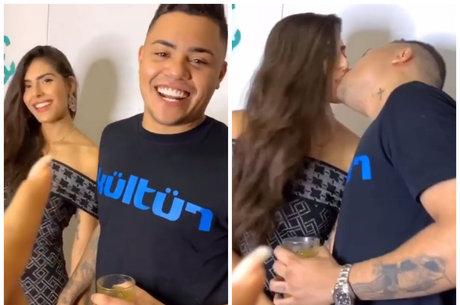 Felipe Araújo beijou namorada a pedido de cantoras