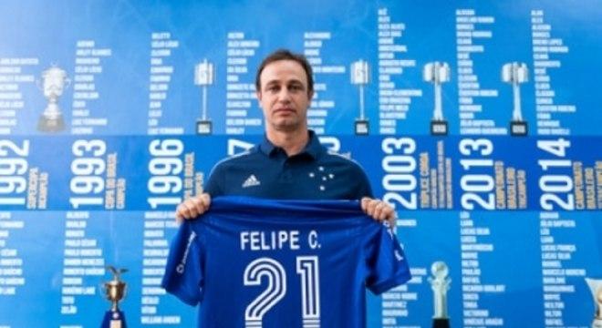 Felipe Conceição foi polido no seu primeiro dia de clube, mas já irá começar o planejamento do elenco estrelado