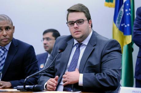 """Francischini quer """"mapeamento das intenções de votos"""""""
