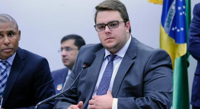 Presidente da CCJ quer debater PEC da reforma Previdência nesta segunda-feira