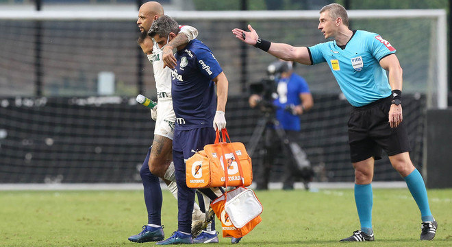 Felipe Melo. Tornozelo esquerdo fraturado. Retorno só em 2021