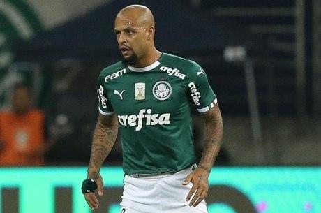 Felipe Melo tem treinado junto com o filho