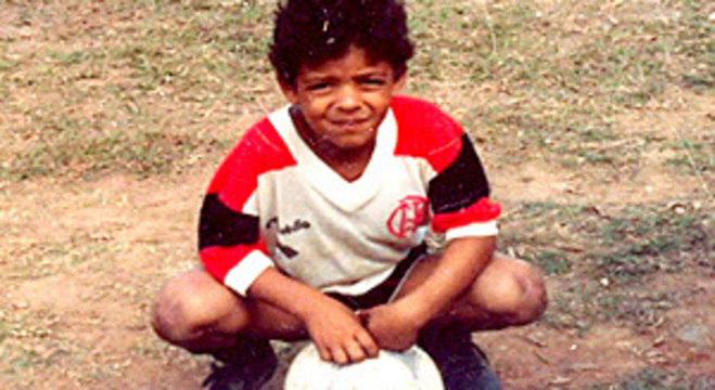 O amor de Felipe Melo ao Flamengo vem da infância. Nunca negado