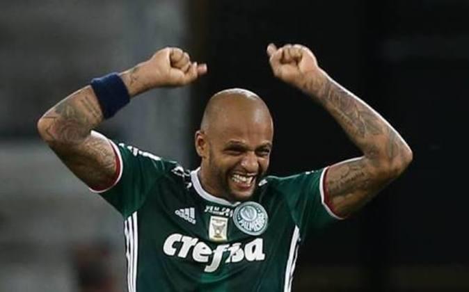 Quando foi apresentado no Palmeiras, Felipe Melo chegou na coletiva de imprensa dizendo que se tivesse que dar tapa na cara de uruguaio, ele iria dar
