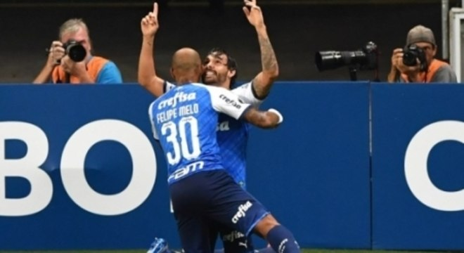 Felipe Melo e Ricardo Goulart, foram os destaques do Palmeiras