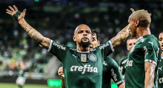Felipe Melo comemora gol no clássico contra o São Paulo