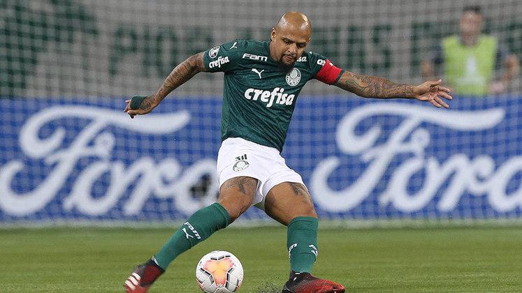 Felipe Melo: zagueiro e volante