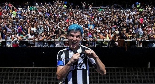 Felipe Neto desmistifica. Acabou o sonho de o Botafogo virar S/A
