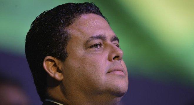 'O presidente conseguiu algo que acho que nenhuma outra pessoa conseguiria: transformou o presidente da Ordem em um ícone da democracia', diz a deputada estadual sobre Felipe Santa Cruz