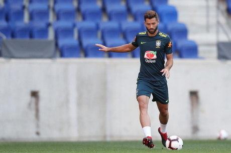 Felipe é um dos novos convocados para jogos, contra Venezuela e Uruguai, pelas Eliminatórias
