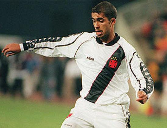 Felipe - Simplesmente o jogador mais vezes campeão do futebol vascaíno. À época já havia migrado da lateral esquerda para o meio-campo.