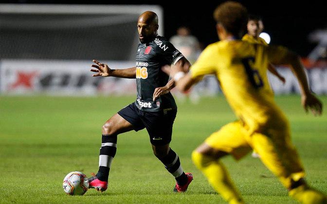 Fellipe Bastos - Também volante, recuperou espaço com Ramon Menezes e já até deu assistência. Mas o contrato do meio-campista que divide opiniões termina no próximo dezembro.