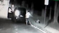 Feminicídio: vídeo mostra homem atirando em ex-mulher em São Paulo ()