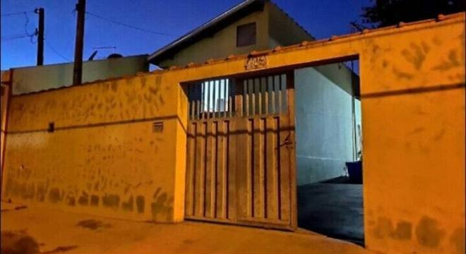 Em Américo Brasiliense, homem ataca ex-companheira e mata filha dela