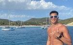 Reinier tira onda em Ibiza. É o primeiro verão do ex-flamenguista na Europa