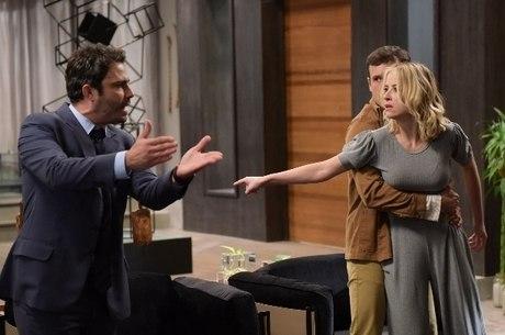 Fernanda parte para cima de Tobias, mas Pedro Antonio a contém