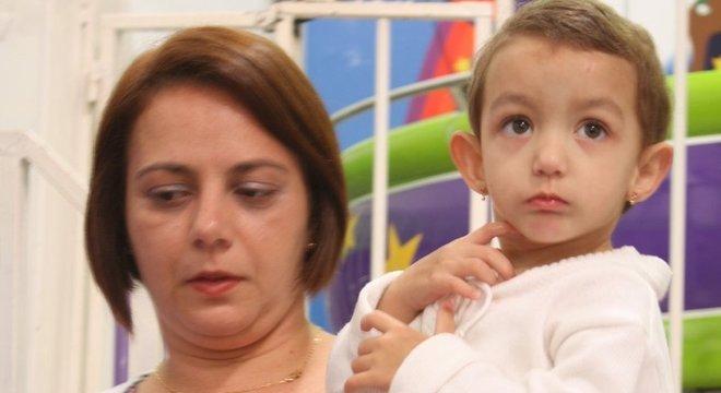 O caso de Fernanda e Manuela não é raro em maternidades