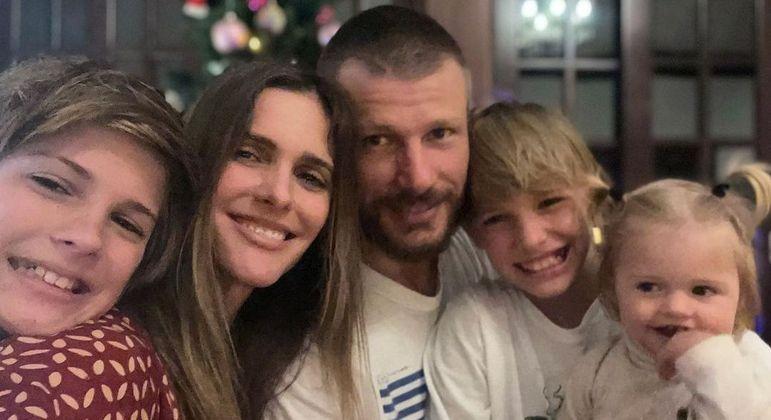 Fernanda Lima relata drama com sono da filha: 'Tentei fazer de tudo'
