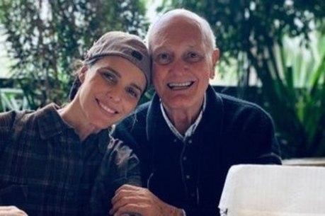 Pai de Fernanda Lima morreu neste sábado (18)