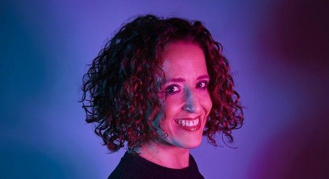 Fernanda Porto gravou o disco 'Corpo Elétrico e Alma Acústica'