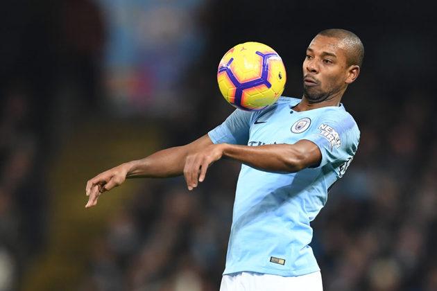 Fernandinho (Brasil)  - Manchester City - Contrato até: 30/06/2021