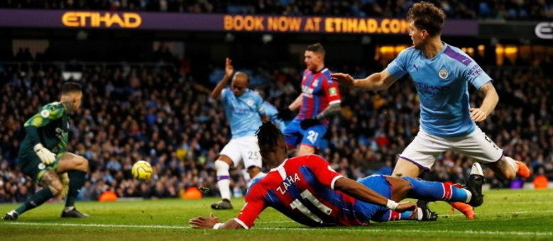 Fernandinho empatou jogo para o Crystal Palace e City seuge em 2º no Inglês